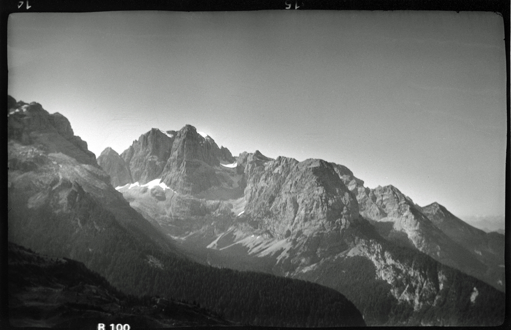 L'Everest, Irvine e una Vest Pocket Kodak