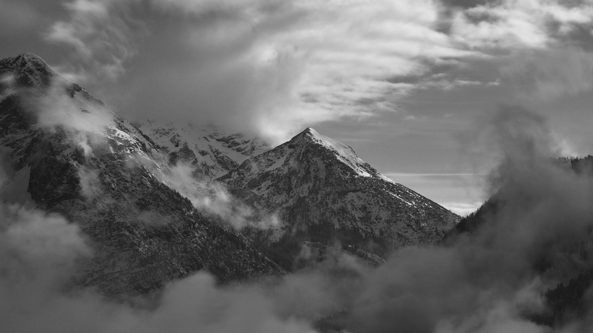 Clouds around Pala dei Mughi   Brenta Dolomites