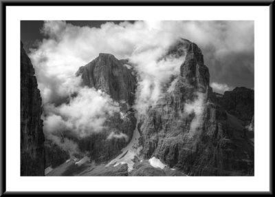 Nuvole su Tosa e Crozzon | Dolomiti di Brenta | Collezione Replica 2020